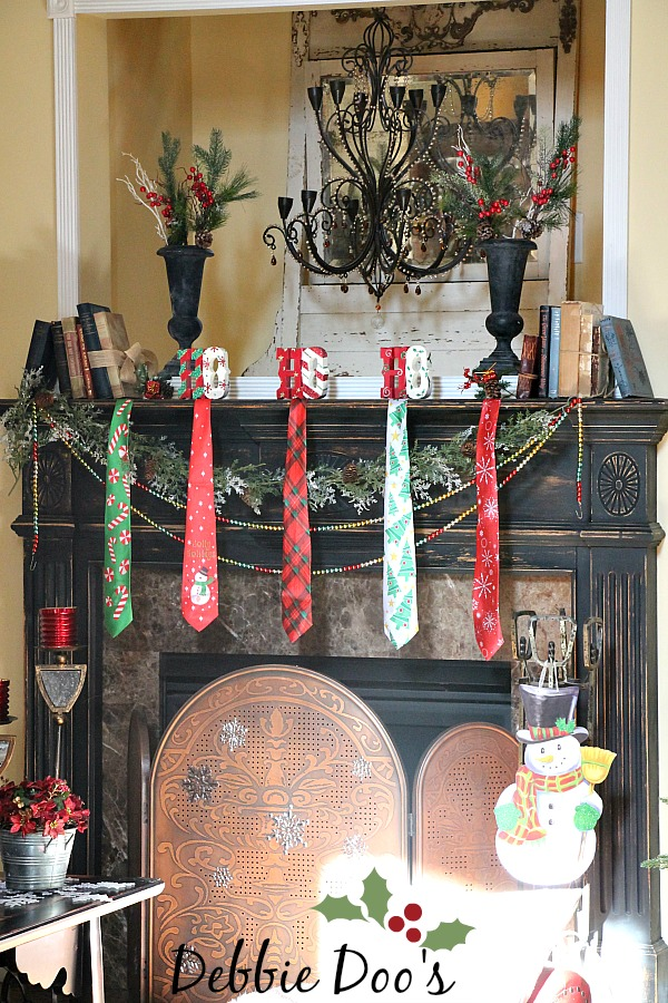 full size 600900px - Christmas Mantel Decorating Ideas